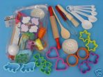 D.Line Kids 22 Piece Baking Set in zip-up Bag