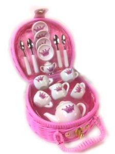 Cocomotion Princess Royale Ceramic Tea Set in Basket 17pc