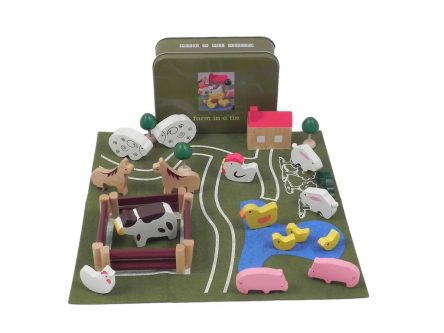 Apples to Pears Farm in a Tin Playset